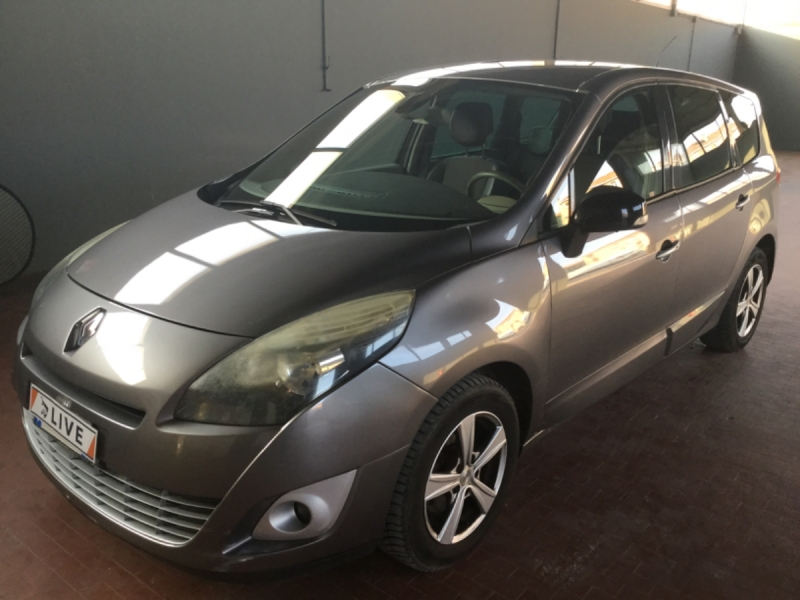 Renault Grand Scenic 1.9 dCi Luxe