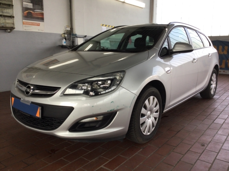 Opel Astra 1.6 CDTI DPF Edition